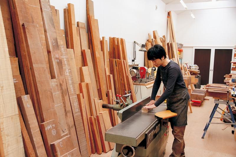 木工作家として創造と生活の場を求めて移住の画像